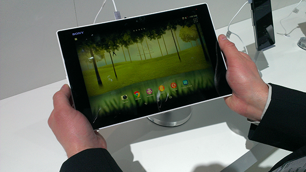 TSM - MWC 2014: Smartphones, Tablets, Phablets and Smartwatches